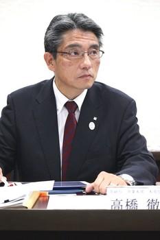 上新電機高橋徹也営業本部長.jpg